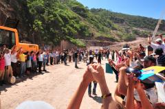 Participation d'une délégation québécoise à la 3e Rencontre internationale des personnes affectées par les barrages à Temacapulín, Mexique, 2 au 6 octobre 2010. / Photographie de Jacques Gélineau