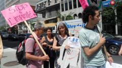 Manifestation contre les mines à ciel ouvert, 22 juillet 2010, SAM_3016, de Alex