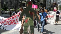 Manifestation contre les mines à ciel ouvert, 22 juillet 2010, SAM_3019, de Alex