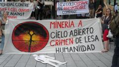 Manifestation contre les mines à ciel ouvert, 22 juillet 2010, SAM_3028, de Alex