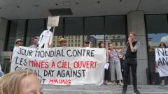Manifestation contre les mines à ciel ouvert, 22 juillet 2010, SAM_3031, de Alex