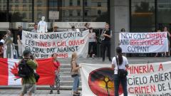 Manifestation contre les mines à ciel ouvert, 22 juillet 2010, SAM_3038, de Alex