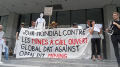 Manifestation contre les mines à ciel ouvert, 22 juillet 2010, SAM_3041, de Alex