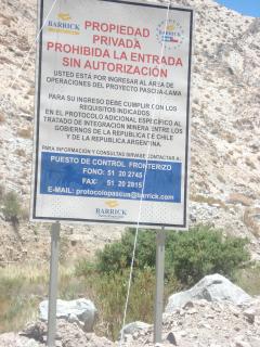 Entré de la mine de Barrick Gold à Pascua Lama, 5 décembre 2006